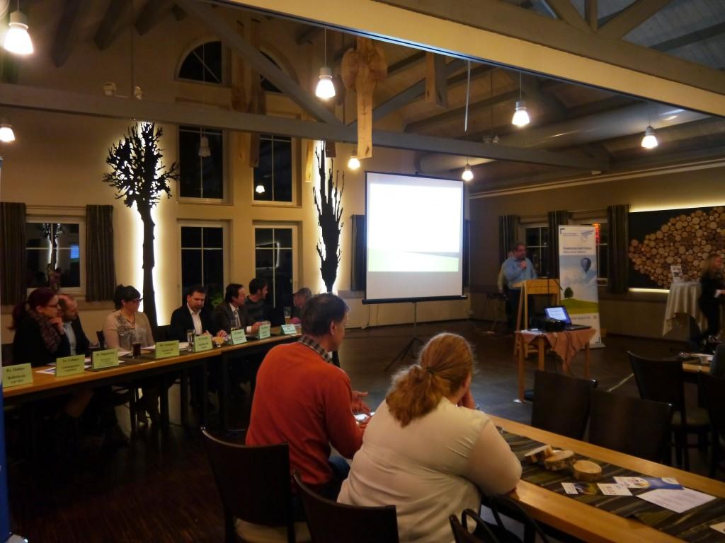 Eröffnung der Veranstaltung durch Markus Hörmann, 1. Vorsitzender des Gewerbeverbands Zusmarshausen
